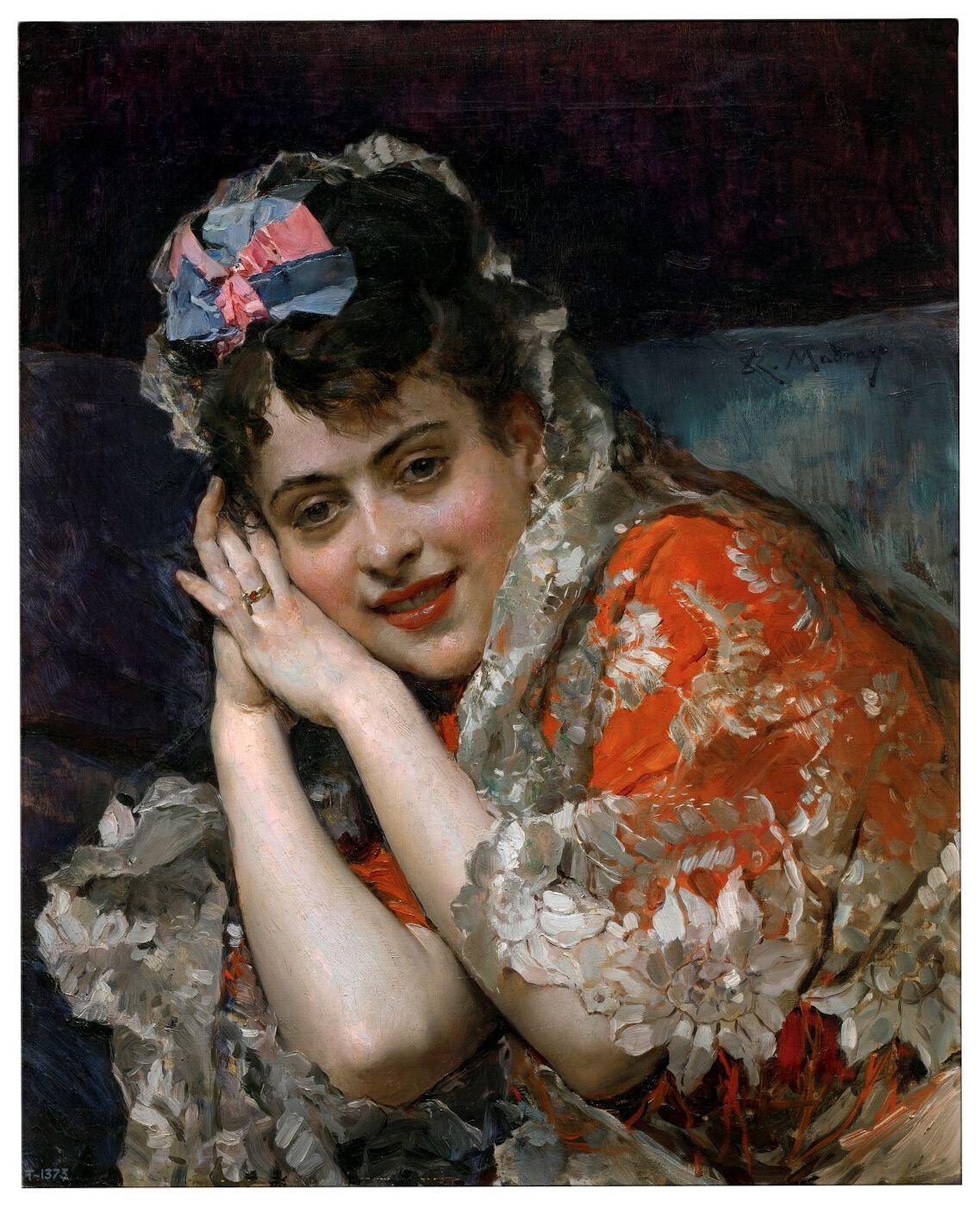 Aline Masson, con mantilla blanca