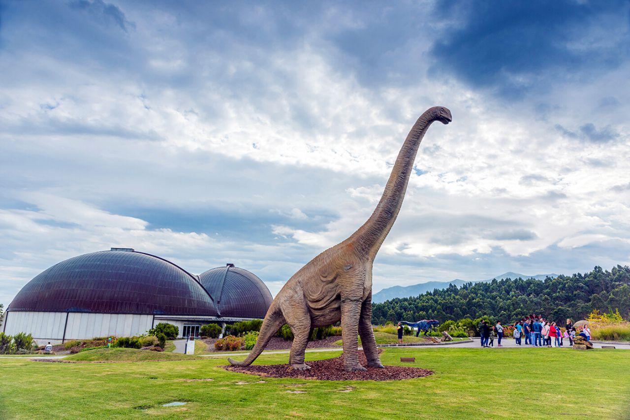 Brachiosaurus . Muja