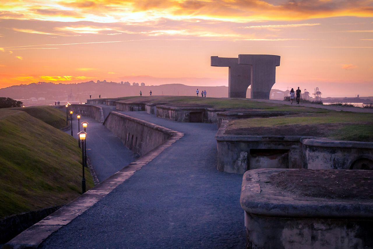 Elogio del horizonte Gijón