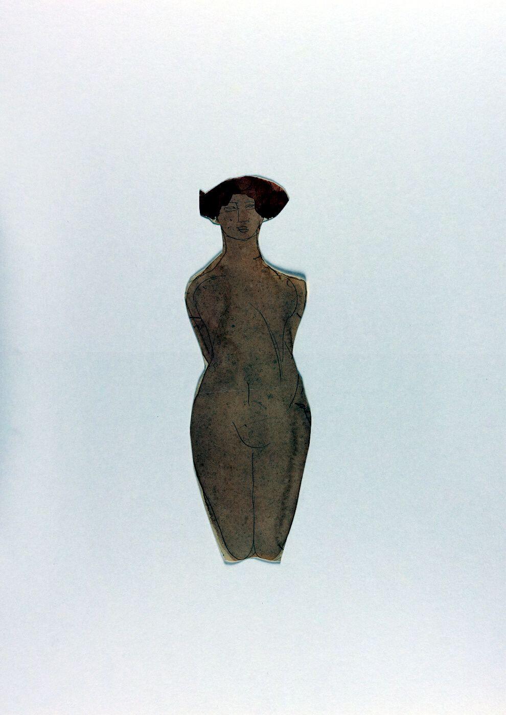 Mujer desnuda, arrodillada