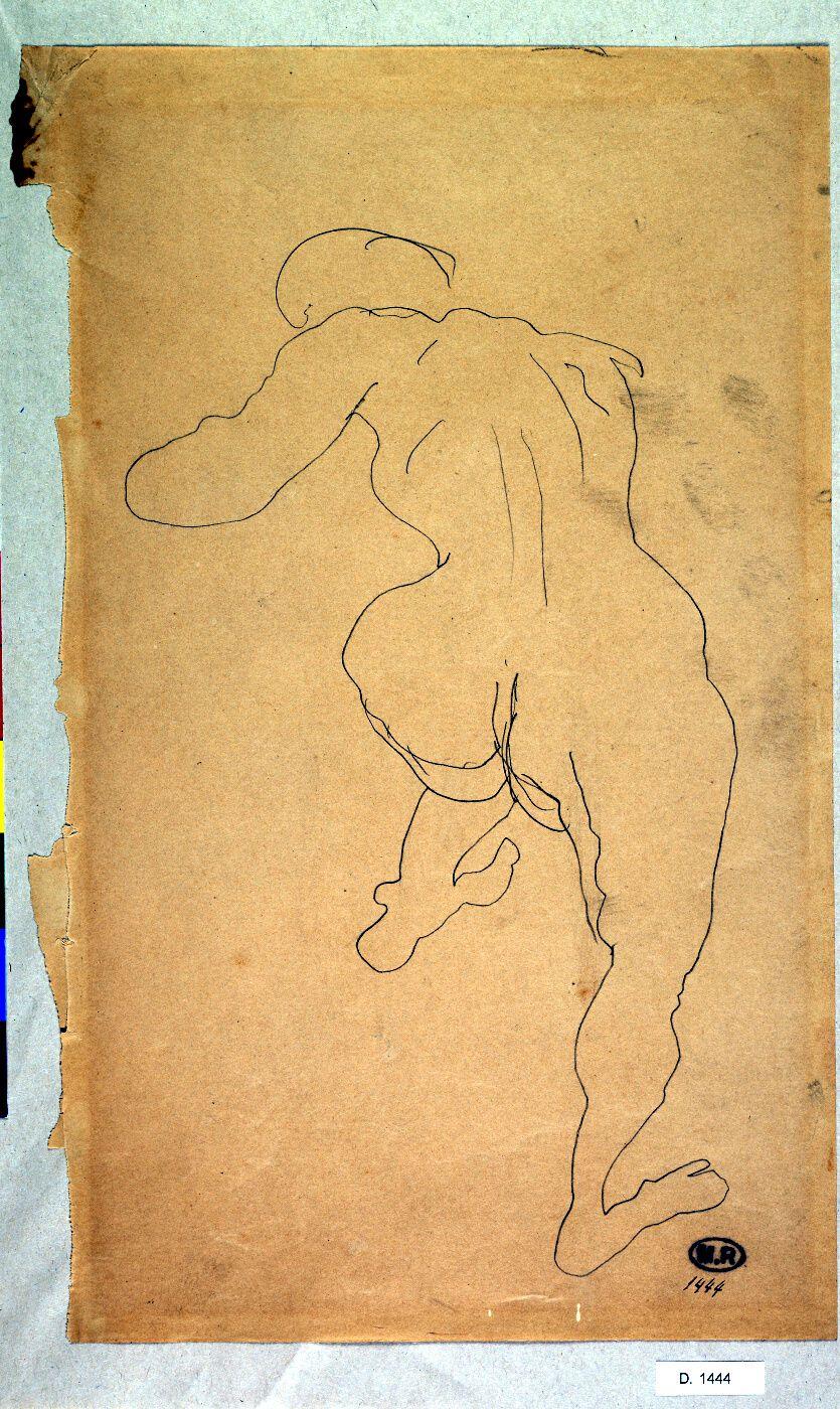 Mujer desnuda desde atrás con una pierna levantada