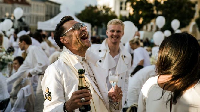 Le Dîner en Blanc celebrará su afterparty en la terraza del hotel RIU Plaza España