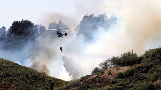 Remite el incendio en Gran Canaria
