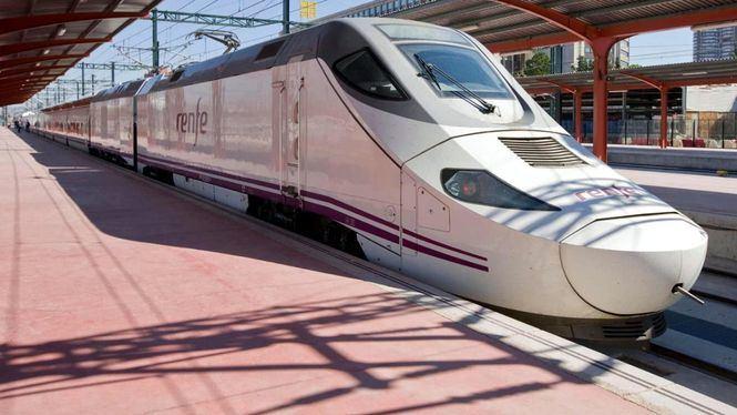 Los viajeros del AVE podrán seguir la Vuelta Ciclista a España en directo a bordo