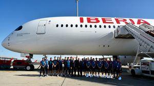 La Selección Española de Fútbol visita el A350 de Iberia que lleva su nombre