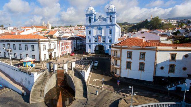 Razones para volar a Azores