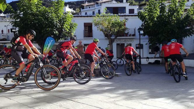 Andalucía acoge la etapa final del evento de cicloturismo Le Beau Vélo de Ravel