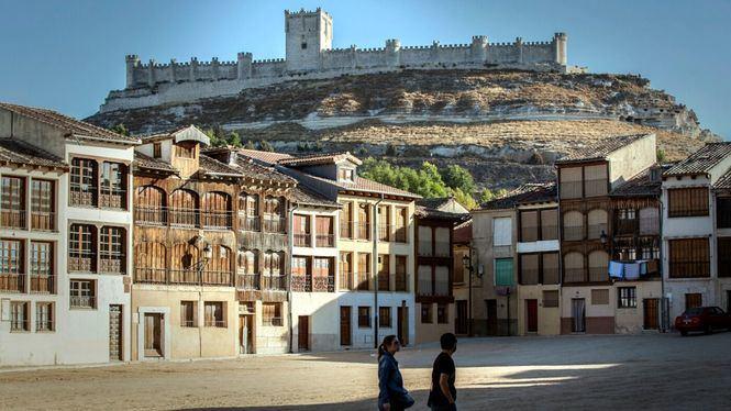La localidad ribereña de Peñafiel celebra su Fiesta de la Vendimia