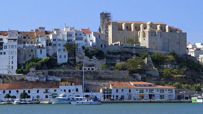 Una vuelta cicloturista a Menorca para descubrir la isla pedaleando