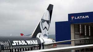 Stormtrooper Plane de LATAM aterriza en Brasil