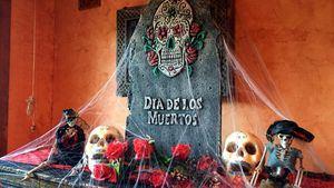 Playa Montroig despide la temporada con su tradicional fiesta de Halloween