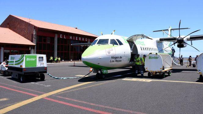 El Hierro y Binter buscarán soluciones para garantizar plazas aéreas en los traslados sanitarios