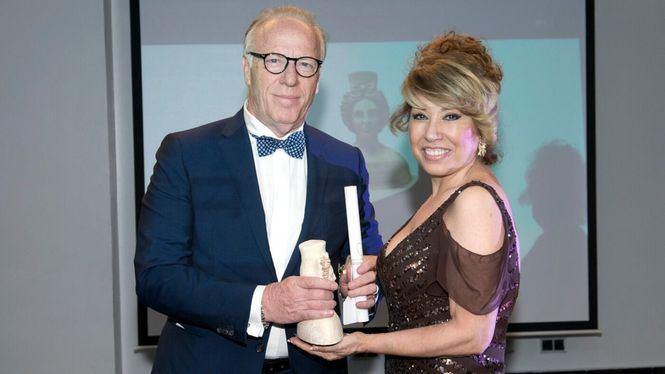 La firma Romeo Gigli Milano, premio a la excelencia empresarial Prenamo 2019