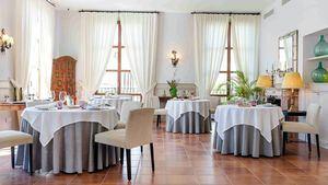 Alta gastronomía para la cena de Nochevieja en Casa Anamaria, Hotel & Villas