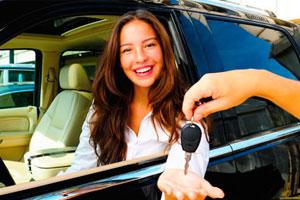 10 Consejos para evitar sorpresas al alquilar un coche este verano