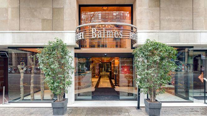 Hotel Balmes cuenta con una importante colección de arte africano en sus instalaciones