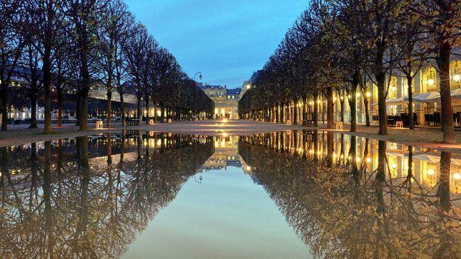 El paisajista español Fernando Caruncho ilumina los jardines del Palais-Royal de París