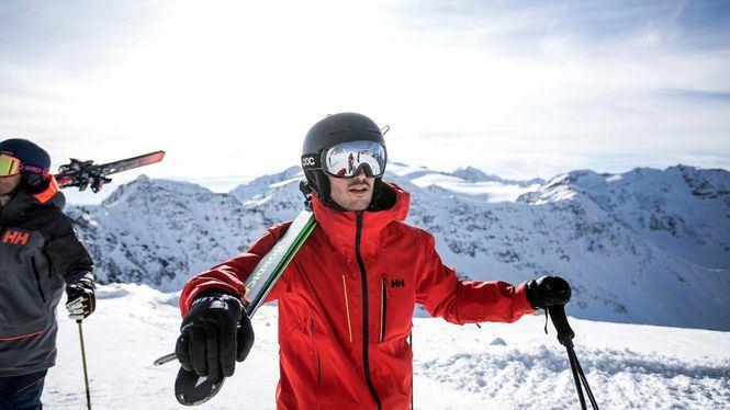 Helly Hansen te invita a esquiar en los destinos más top de Europa y América