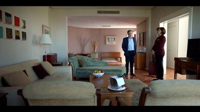 Carlos Iglesias vuelve a la dirección con la comedia de enredo: La suite nupcial