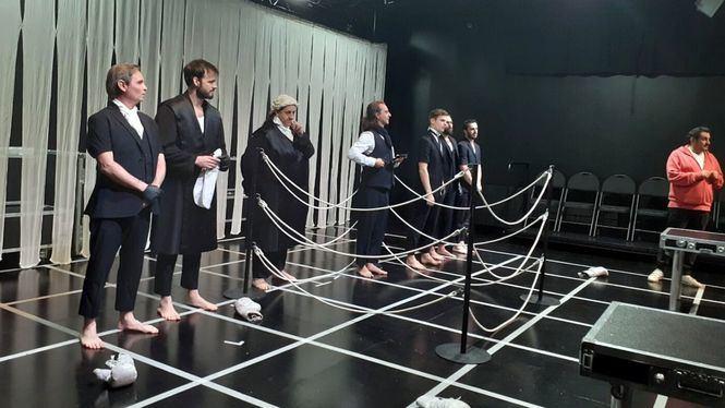 Un Gallinero abierto a la creación teatral
