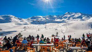 Propuestas de esquí económicas para jóvenes