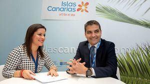 La consejera de Turismo confirma en Fitur el incremento de capacidad aérea entre Península y Canarias
