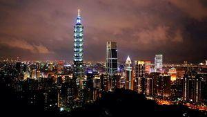 El Taipéi 101 rinde homenaje al personal de salud que lucha contra el nuevo coronavirus