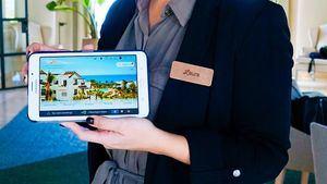 A los huéspedes de las suites de lujo de Las Terrazas de Abama se les entregará una tablet 4G