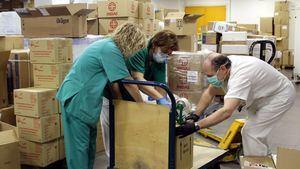 Guadalajara recibe material de protección para sus profesionales, los del transporte sanitario y las residencias