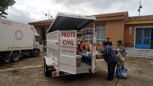 Protección Civil lleva cada día kits de comida e higiene a los barrios de Cartagena