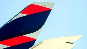 LATAM reducirá sus vuelos de pasajeros en un 95% durante el mes de abril