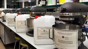 La facultad de Farmacia de CEU San Pablo elabora gel hidroalcohólico para hospitales