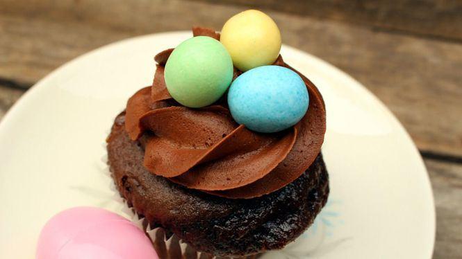 Tradiciones internacionales para disfrutar de la Pascua sin tener que salir de casa