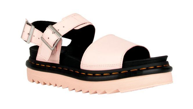 Dr. Martens presenta dos nuevas sandalias