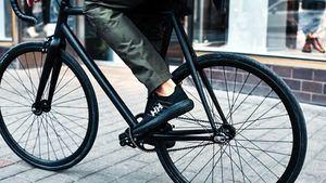 Pantalón urbano impermeable y con estilo de Helly Hansen