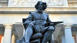 Estatua de Velázquez en el Museo del Prado
