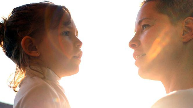 Soraya regala todo su amor a las madres que luchan desde sus casas
