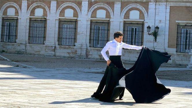 Antonio Najarro participa en el vídeo de la Comunidad de Madrid para celebrar el 2 de mayo