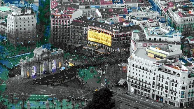 Las cinco terrazas de la Puerta de Alcalá sincronizan su apertura