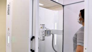Radiografías de tórax para toda la población en cabinas en sitios públicos y privados