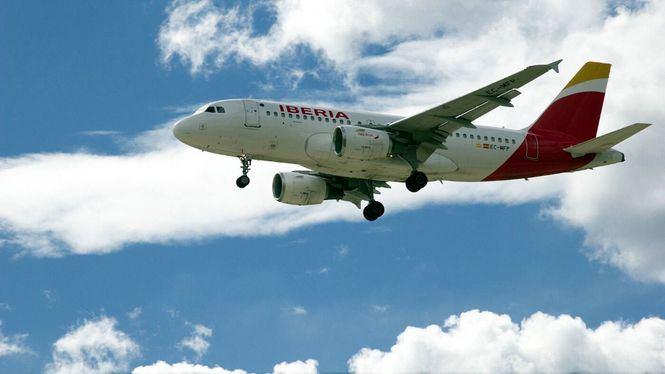 Agotados los 100.000 billetes gratuitos del Grupo Iberia, Vueling y Aena para sanitarios