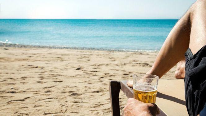 Necesitamos un verano, una campaña en defensa de las vacaciones que merecemos