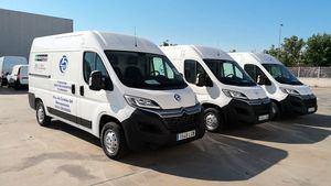 Enterprise dona tres nuevas furgonetas isotermo a Bancos de Alimentos