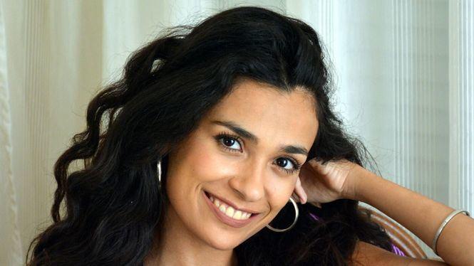 Alejandra, cantante marbellí, llega con La Puerta Abierta