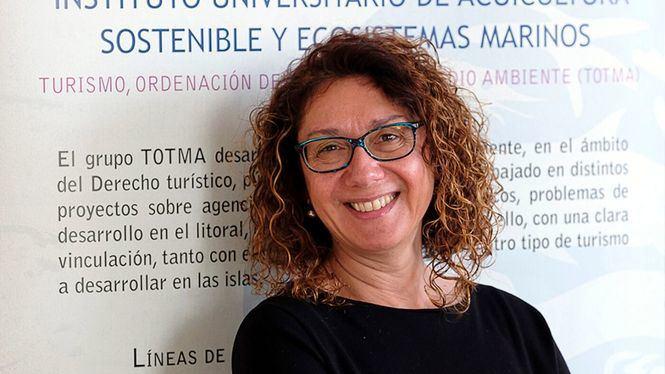 El transporte a escena, libro de Inmaculada González Cabrera, profesora de la Universidad de Las Palmas de Gran Canaria
