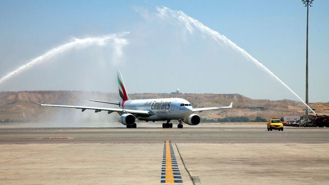 Emirates celebra 10 años de operaciones en España