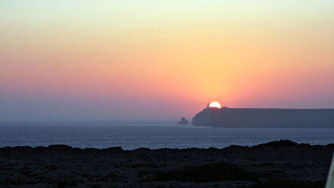 Disfrutar de uno de los atardeceres más bellos del mundo con música en El Algarve