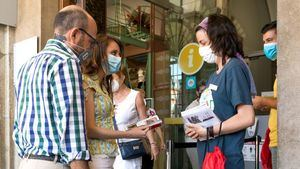 Levy visita el Centro de Turismo para conocer los protocolos de atención al visitante