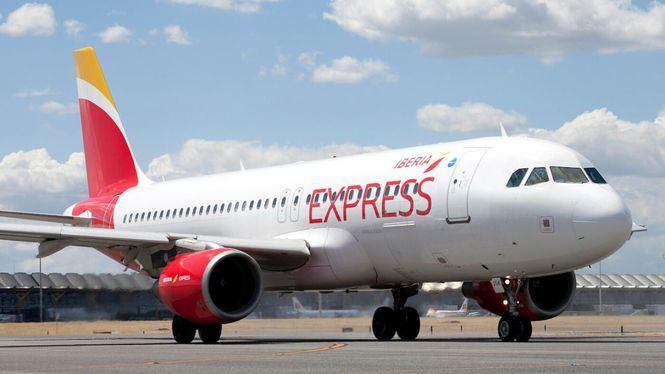 Campaña promocional de Iberia Express para viajar a Ibiza