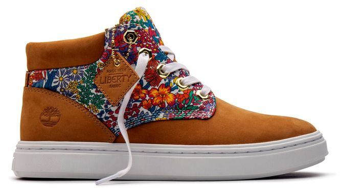 Nueva colección de calzados Timberland elaborada con la icónica tela Liberty